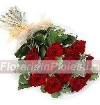 13 trandafiri rosii